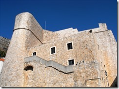 fortress-Revelin-Dubrovnik-by-Leon-Yaakov-on-flickr_thumb.jpg