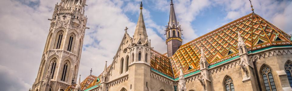 Matthias church Budapest Hungary by Randy Connolly on flickr 960x300 75pc