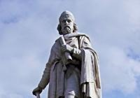 Statue-of-King-Alfred-the-Great