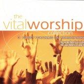 vital worship singers.jpg